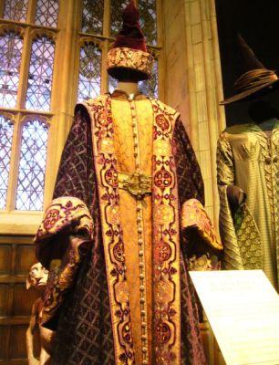 harry-potter-2-costume-dumbledore